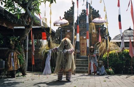 Rangda dance