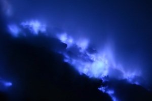 Indonesia-Blue-Fire-Volcano